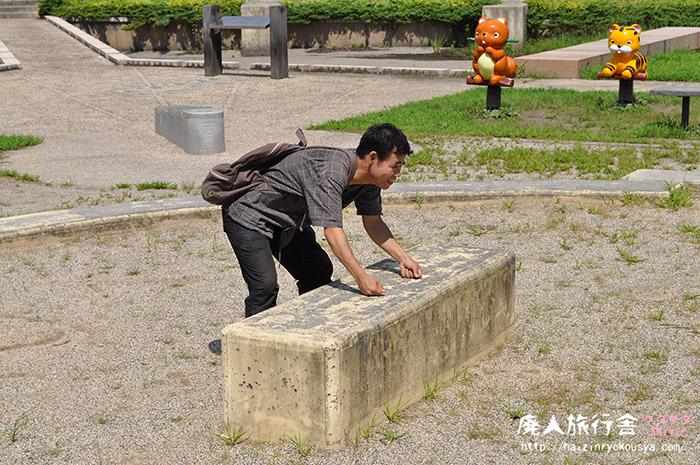 四十八手を味わい尽くせ。ヘンテコがイッパイ相撲公園「志賀清林パーク」(滋賀)