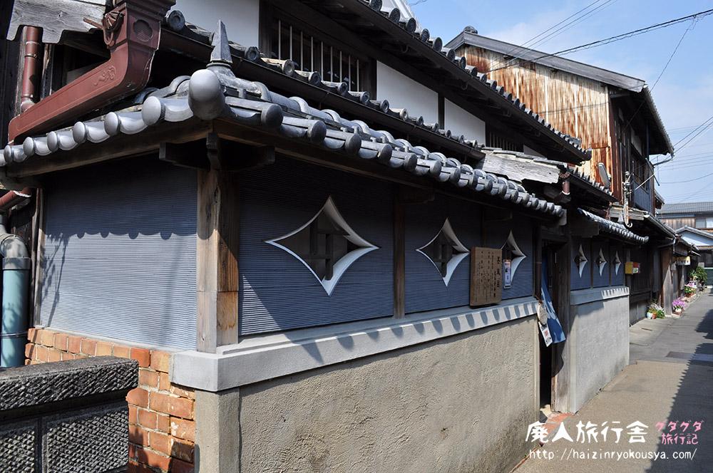 元銭湯、今は民俗資料館の甚風呂で昭和の映画ポスター展を見た。(和歌山)
