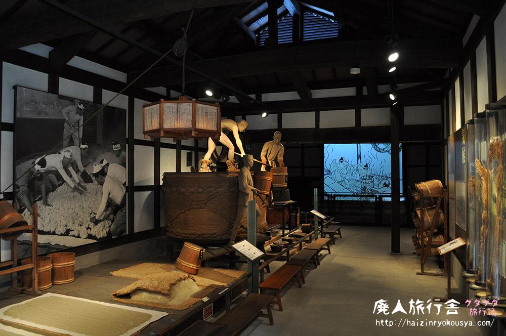 リアルな蔵人人形による酒造りの様子を見学!「白鹿記念酒造博物館」(兵庫)